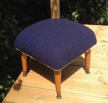 Bute footstool
